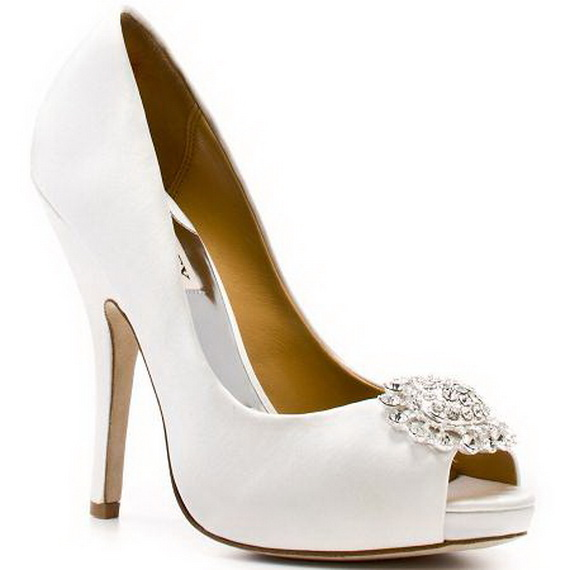 Badgley-Mischka-Bridal-Shoes-2011_08