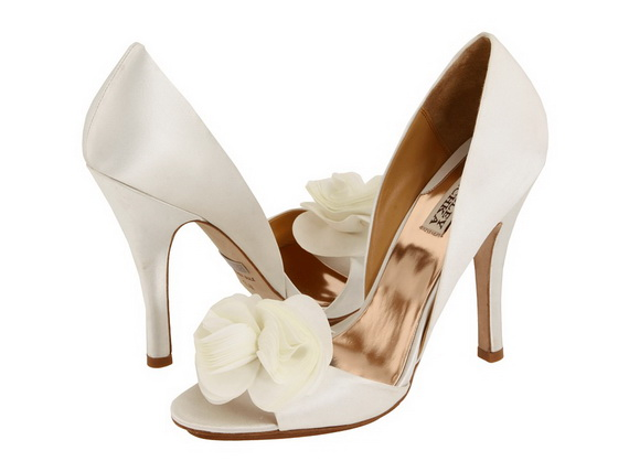 Badgley-Mischka-Wedding-Shoes_02