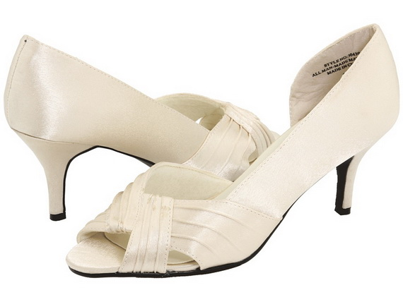 White-Wedding-Shoes_111